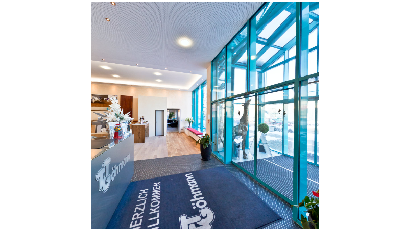 Eingang Showroom U. Göhmann GmbH