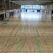 "Max-Schmeling training hall receives new sports floor - 2.800 m² of HARO sports flooring installed in the ""green bridge"" of Berlin"