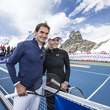 Sports floor at more than 3.400 metres altitude - Opening of the Lindt Chocolate Experience Shop with tennis show-match between Federer and Vonn on the Jungfraujoch