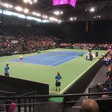 Sieben auf einen Streich -  Drei Fed Cup-Turniere zeitgleich auf sieben mobilen Tenniscourts von HARO Sports